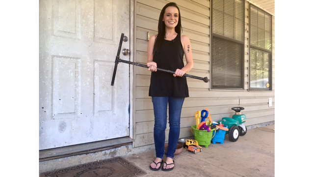 Tiny mom uses metal pipe to fight off home intruder