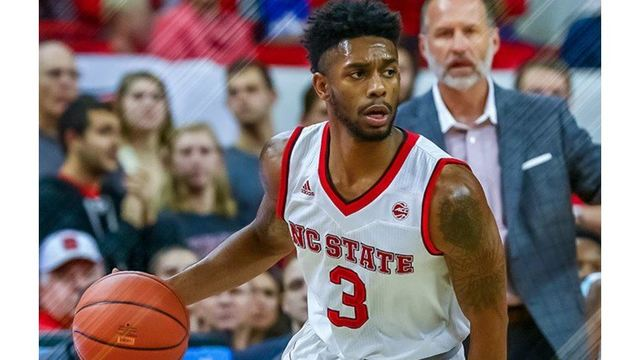 Smith's 30 points leads NC State past Loyola of Chicago, 79-77