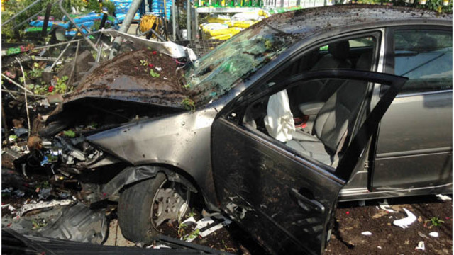 DWI driver plows into Wake Forest Walmart garden center, police say