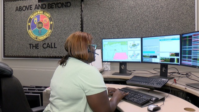 911 Dispatcher Training Includes Administering Cpr Instructions Over