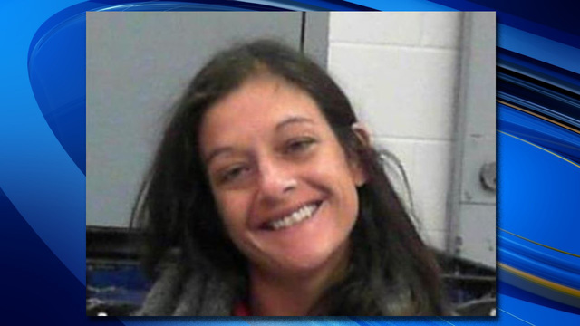Woman arrested for threatening to stab deputies, drink their blood