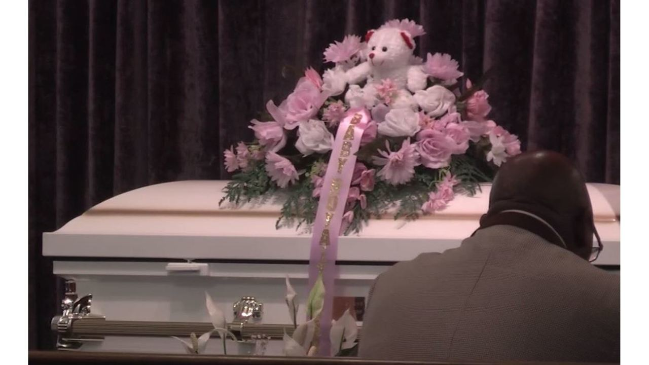 Raw video dad speaks at funeral for stabbed baby placed in oven izmirmasajfo