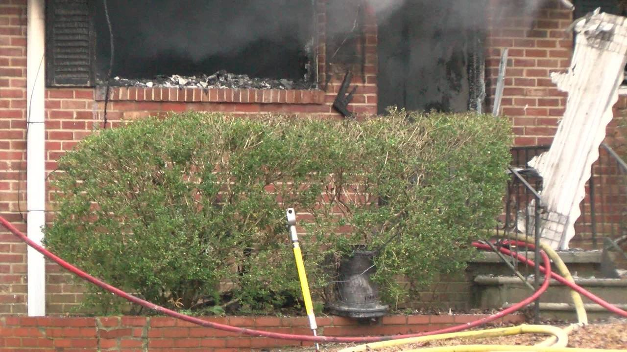 Firefighters respond to Wake Co duplex fire